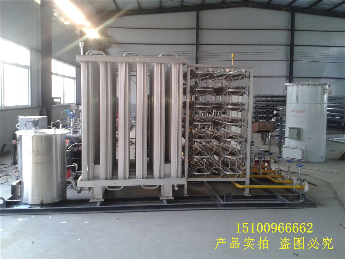 撬装式lng加气站_液化天然气LNG杜瓦瓶瓶组气化撬装供气站